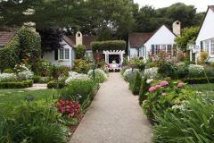 carmel-ca-cottages-lincoln-green-inn-1