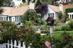 carmel-ca-cottages-lincoln-green-inn-2