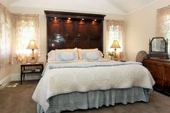 olallieberry-inn-boutique-hotel-suite