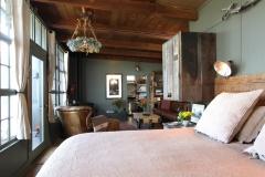 a-bed-livingroom